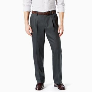 Dockers Iron Free Charcoal Pleated Relax Fit Pant